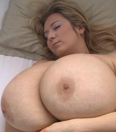 Abbi Secraa – Heavy Boobs  Lazy Morning 1080p