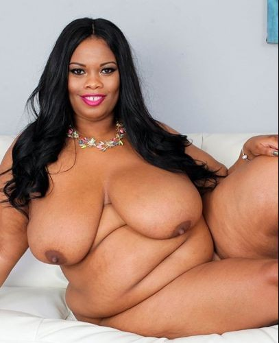 Busty Cookie – BBW CON Banging Ebony Boobs   Plumper Pass