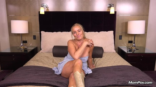 Mompov.com -  Sharolynn 46 year old sexual big tits country cougar